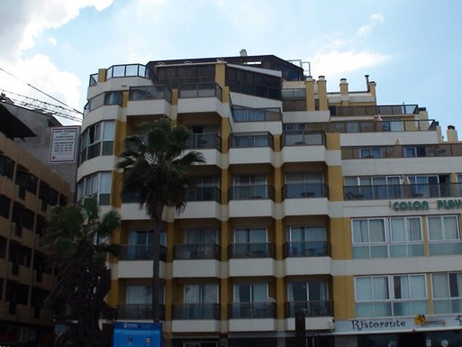 Apartamentos Colon Playa