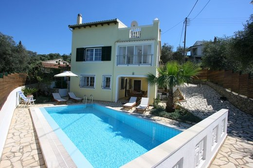 3 bedroom Villa in Agios Spyridon RE0551