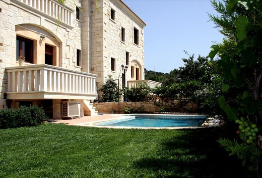 3 bedroom Villa in Hersonissos RE0677