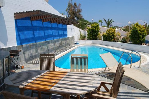 3 bedroom Villa in Ammoudi RE0681