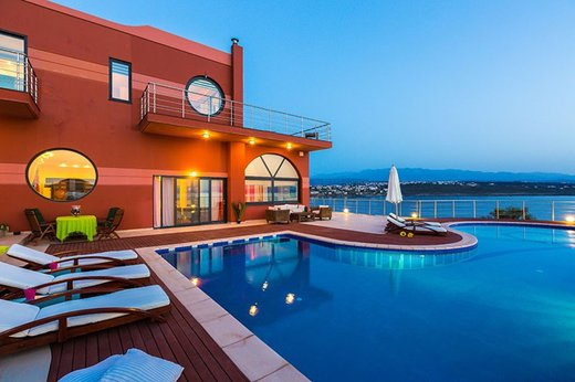 4 bedroom Villa in Chania RE0134