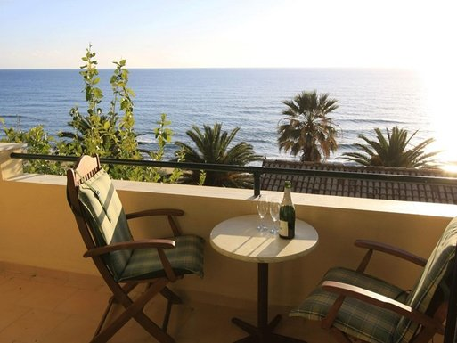 2 bedroom Maisonette in Glyfada-Corfu RE0700