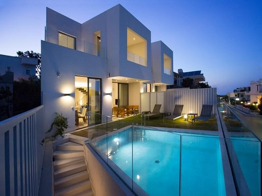 4 bedroom Villa in Kalamaki Chania RE0372