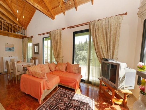 3 bedroom Maisonette in Paleokastritsa RE0481