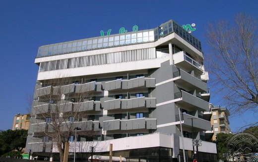 HOLIDAY INN (RIMINI)