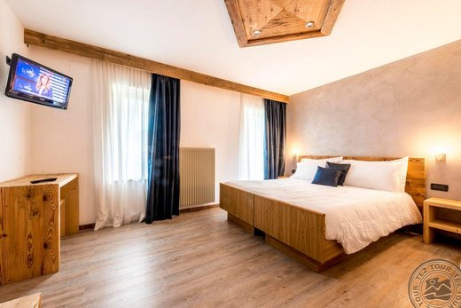 ARNIKA MOVE HOTEL (POZZA)
