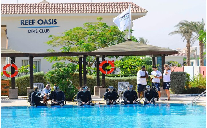 REEF OASIS BLUE BAY RESORT & SPA