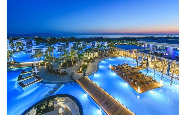 STELLA ISLAND LUXURY RESORT & SPA (ADULTS ONLY 15+)