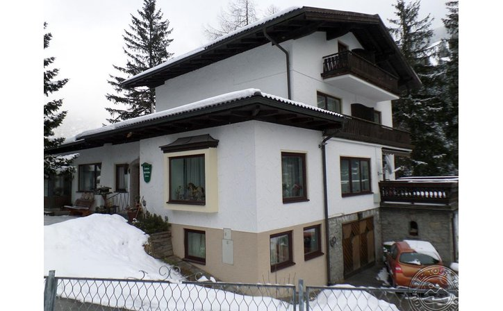 PYRKERHOEHE PENSION
