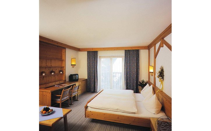 PANTHER HOTEL (SAALBACH)