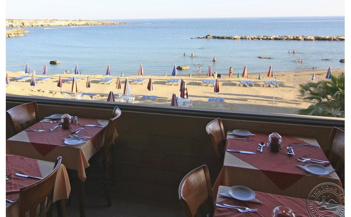 CORALLIA BEACH HOTEL APARTMENTS
