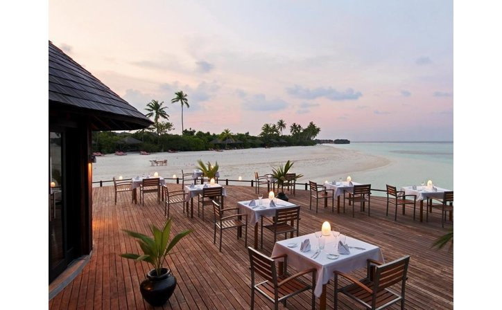 HILTON MALDIVES IRU FUSHI RESORT & SPA