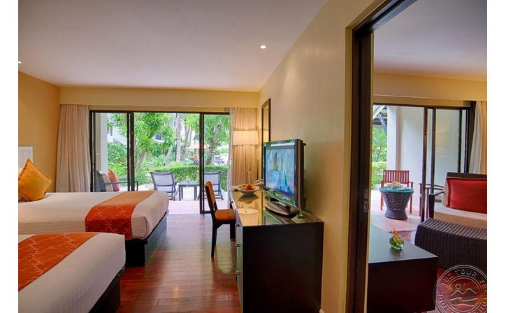 NOVOTEL PHUKET SURIN BEACH RESORT