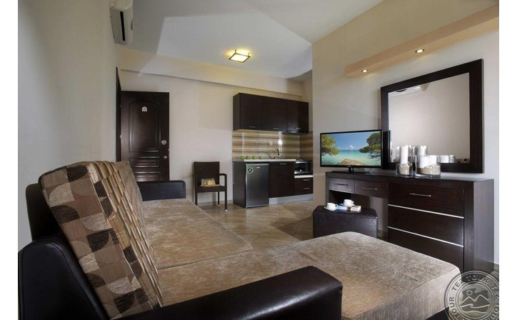 4 YOU APARTMENTS HOTEL