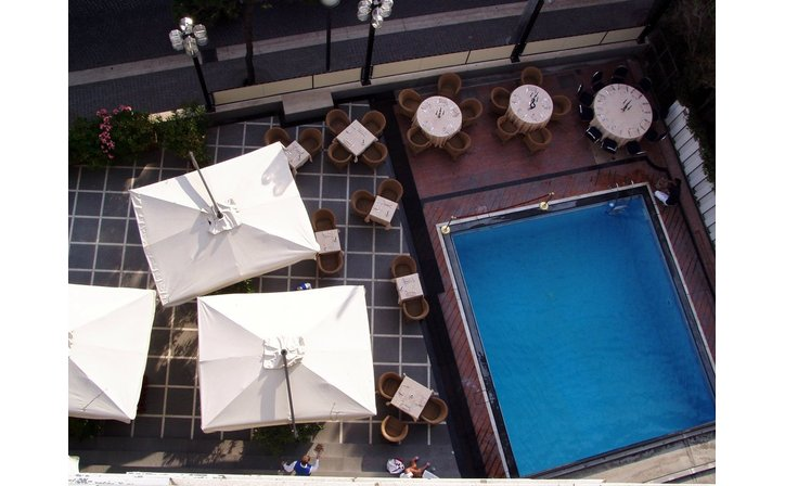 SUPER HOLIDAY INN IMPERIALE HOTEL