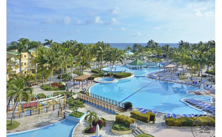 TRYP CAYO COCO