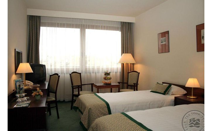 HUNGARIA CITY CENTER HOTEL
