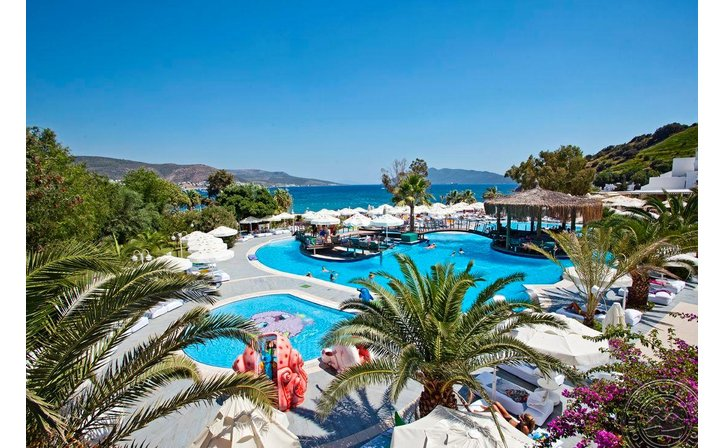 SALMAKIS RESORT & SPA