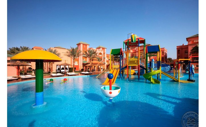 ALBATROS SEA WORLD (EX-SEA WORLD RESORT)