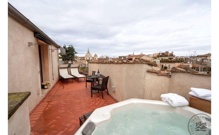 NAVONA PALACE LUXURY INN (ROME)