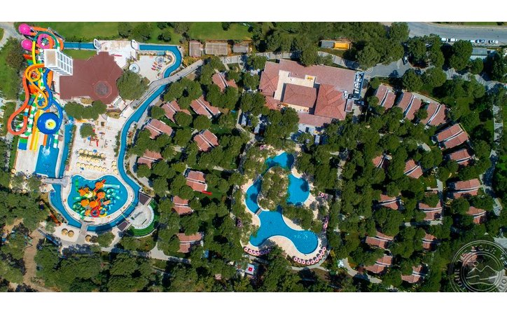 SELECTUM LUXURY RESORT