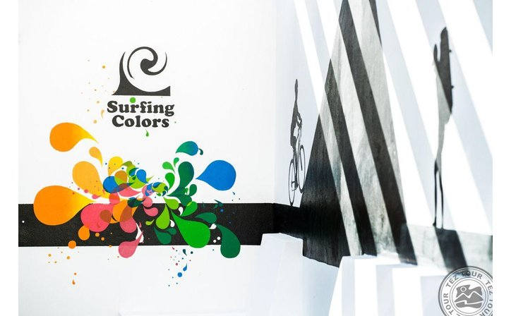 SURFING COLORS