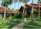 REEF VILLA & SPA